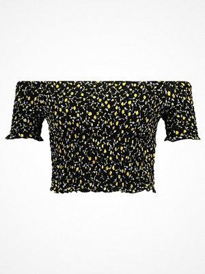 Topshop SHIRRED FLORAL BARDOT Tshirt med tryck black