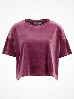 Weekday ELENA Tshirt med tryck purple