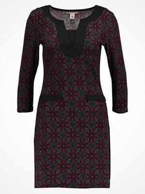 Anna Field Stickad klänning black/bordeaux