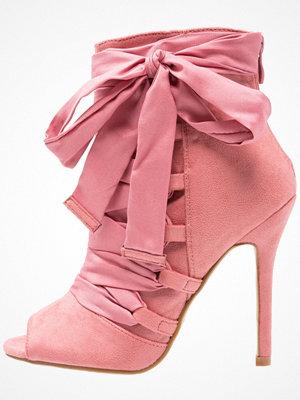 BEBO BRYNA  Klassiska stövletter dusky pink