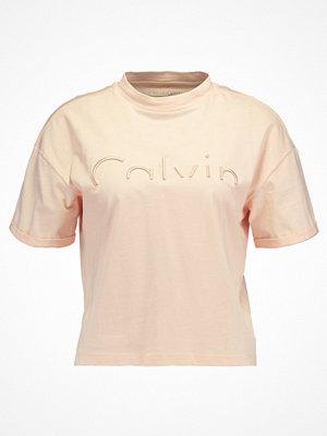 Calvin Klein Jeans TECO Tshirt bas peachy keen