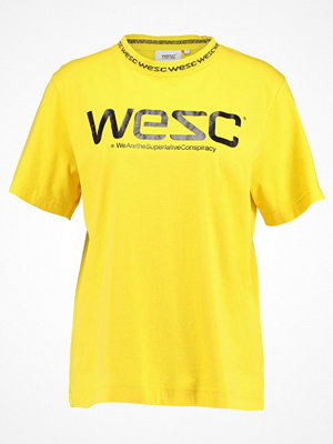 WESC VICTORIA Tshirt med tryck wesc yellow