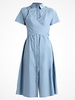 Lost Ink TIE FRONT  Skjortklänning blue