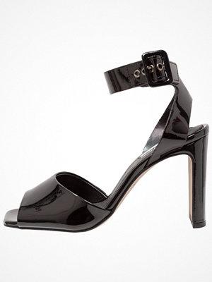 Topshop ROUX PATENT SANDA Sandaletter black