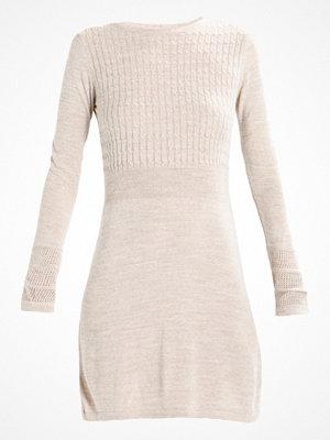 Anna Field Stickad klänning beige melange
