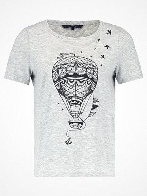 Vero Moda VMBALLOON Tshirt med tryck light grey melange/black