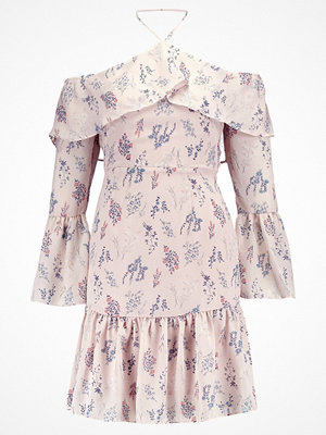 Missguided COLD SHOULDER FRILL FLORAL  Sommarklänning pink