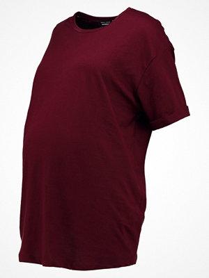 New Look Maternity BOYFRIEND Tshirt bas burgundy