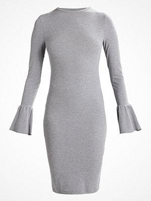 Even&Odd Jerseyklänning grey melange