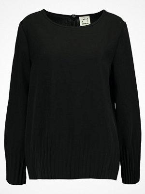 Karen by Simonsen PANTRY  Blus black