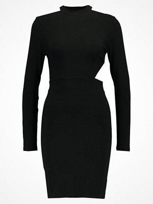 Even&Odd CUT OUT LS DRESS Sommarklänning black