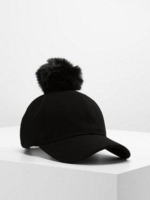 Only ONLNATASHA WOOL CAP W/POM POM ACC Keps black