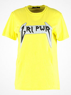 Missguided B&&B WITH SLOGAN Tshirt med tryck yellow