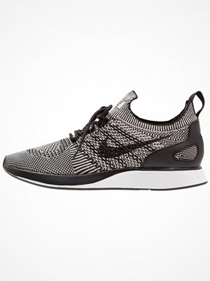 Nike Sportswear AIR ZOOM MARIAH FLYKNIT RACER Sneakers pale grey/black/solar red/white