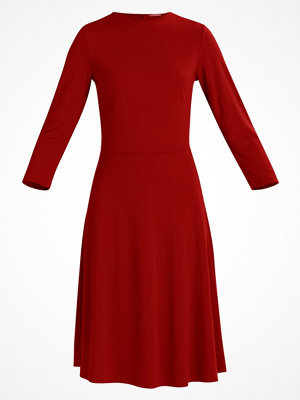 KIOMI Cocktailklänning red