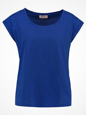 Custommade LONNIE Tshirt bas nautical blue