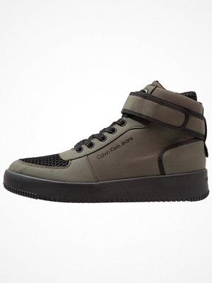 Calvin Klein Jeans Höga sneakers cargo