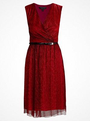 Dorothy Perkins Cocktailklänning red