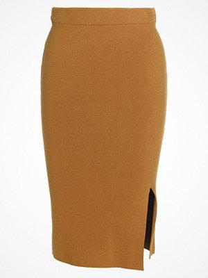 Selected Femme SFINETTA  Pennkjol golden brown