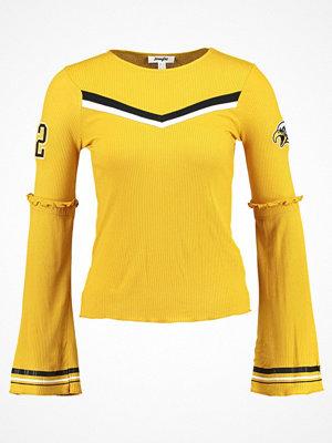 Jennyfer Stickad tröja gold color