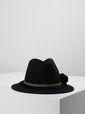 Even&Odd Hatt black