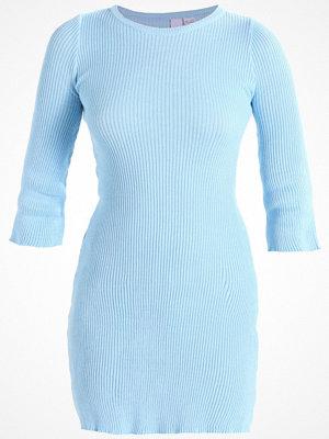 Lost Ink FIT & FLARE DRESS Stickad klänning light blue