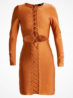 Missguided PREMIUM BANDAGE LACE UP  Cocktailklänning rust