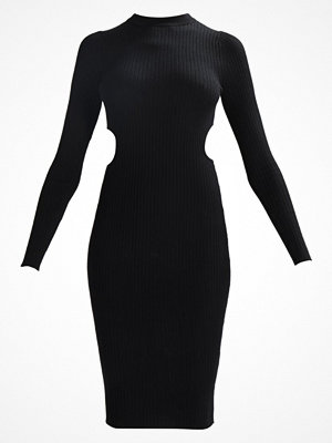 Even&Odd CUT OUT SIDES KNIT DRESS Fodralklänning black