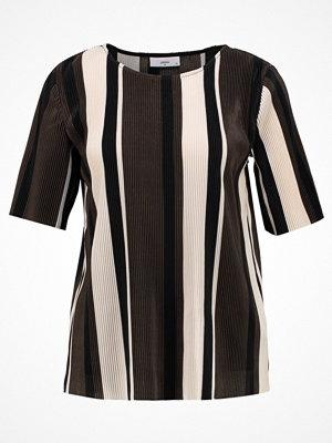 Minimum ELVIRE Tshirt med tryck black