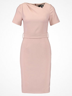 Dorothy Perkins ASYMETRIC  Fodralklänning blush