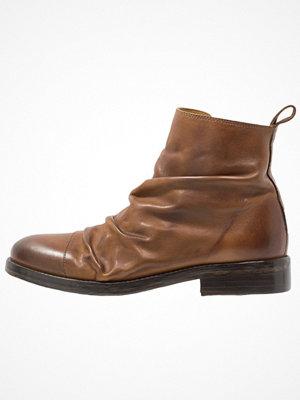 Royal Republiq GIURDIAN WRINKLE BOOT Stövletter tan