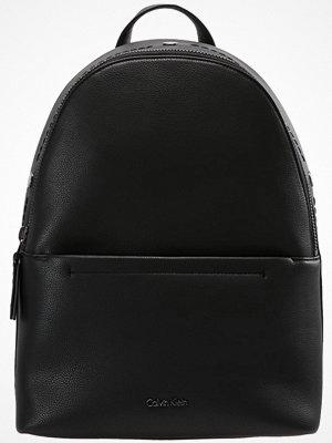 Calvin Klein YVON  Ryggsäck black svart