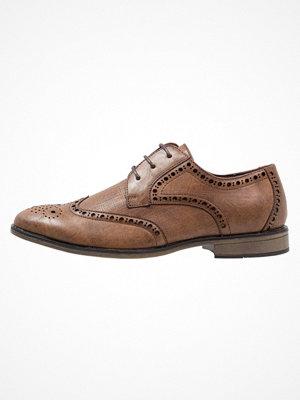 Vardagsskor & finskor - New Look FORMAL BROGUE Eleganta snörskor brown