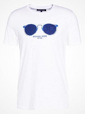 T-shirts - Michael Kors SUNGLASSES GRAPHIC Tshirt med tryck white