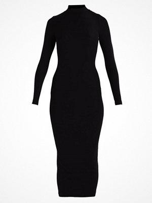 Urban Classics Maxiklänning black