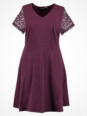 Dorothy Perkins Curve Jerseyklänning berry