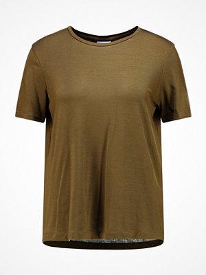 Vero Moda VMAVA TOP COLOR Tshirt bas dark olive