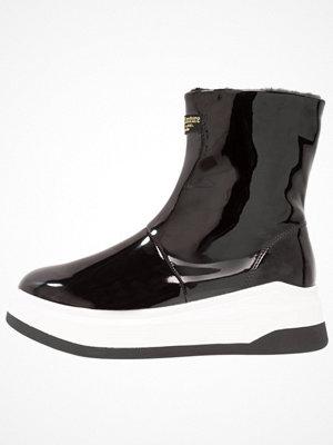 Juicy Couture DALIA Platåstövletter black