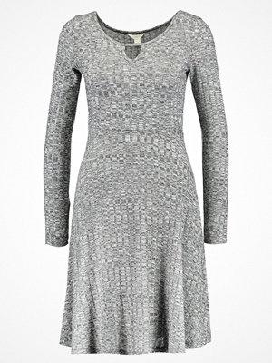 Springfield APUESTA CANALE  Stickad klänning greys