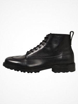 Boots & kängor - Tiger of Sweden WALDEMAR Snörstövletter black