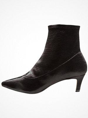 Topshop BONBON SOCK BOOT  Stövletter black