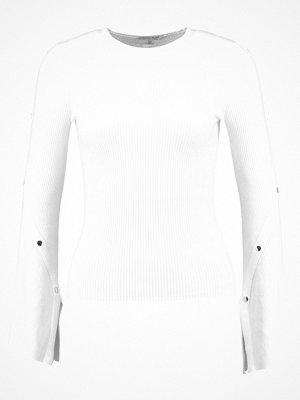 Miss Selfridge POPPER DTAIL Stickad tröja white