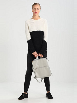 Rue de Femme Stickad tröja white/black