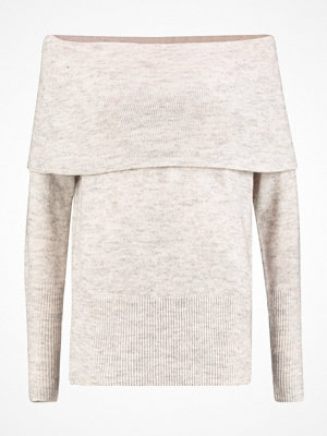 Vero Moda VMAGOURA OFFSHOULDER  Stickad tröja snow white/charcoal gray/oatmeal me