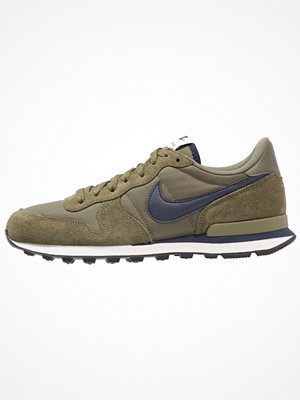 Nike Sportswear INTERNATIONALIST Sneakers olive