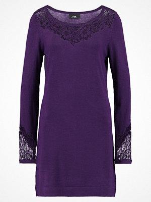 Wallis PANNELLED Stickad klänning plum