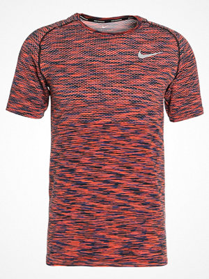 Nike Performance DRI FIT  Tshirt bas black/hyper crimson/purple comet/reflective silver (space dye)