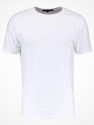 Mennace REGULAR STEPPED HEM PLAIN FLOW Tshirt bas white