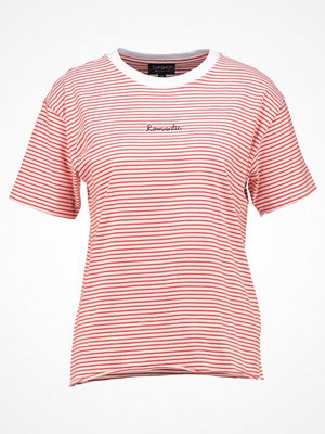 Topshop ROMANTIC Tshirt med tryck red