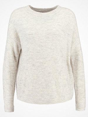 Vero Moda VMAGOURA O NECK  Stickad tröja snow white/ charcoal gray/ asphalt me